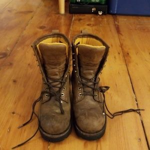 Women's chippewa boots